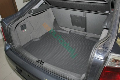 Gumová vaňa do kufra Opel Vectra C 2002-2008 (hb)